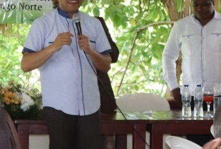 Carlos Peña llama a fortalecer familias