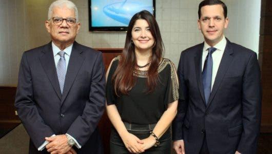 """Miguel y Leyla en """"Conexión"""""""