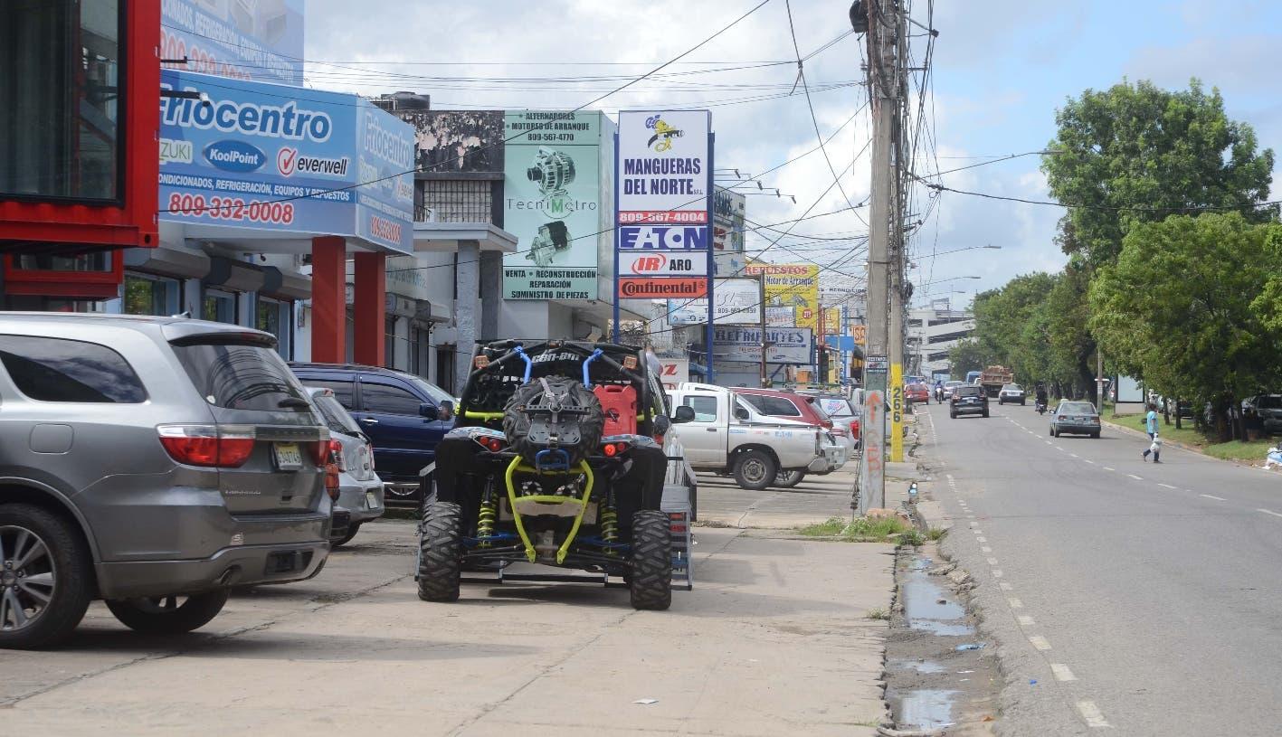 Reportaje a la Av. San Martin desde el Parque independencia  Hasta la Av. Kennedy Santo Dom. Rep. Dom. 13 de noviembre del 2018. Foto Pedro Sosa