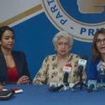 Directivos del Partido Revolucionario Moderno (PRM) piden al gobierno tomar medidas con el tema de la regularizacion de extrangeron en el pais, la RDP fue realizada en su casa nacional. 13-11-2018 HOY / Ariel Gomez