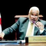 Acusa diputado Radhamés Camacho de violar ley