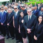 Al cementerio acudieron cientos de personas que acompañaron a la familia de José Rafael Abinader