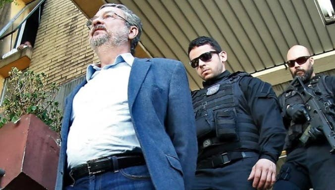Conceden casa por cárcel a ministro que acusó de corrupción a Lula y Rousseff