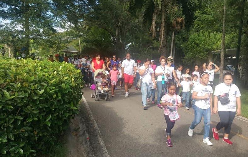 Colegio Triumphare realiza tradicional caminata pro-fondos escuelas