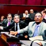 Diputados del PRM se oponen a manejo de fondos.