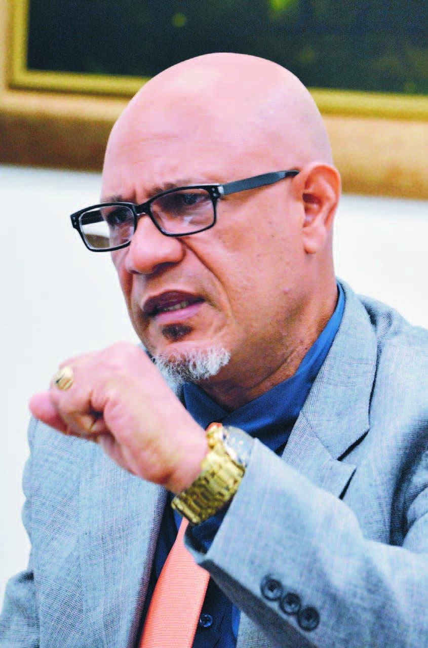 Edwin Ferreiras, alcalde del municipio de Villa Altagracia explica situación del cabildo