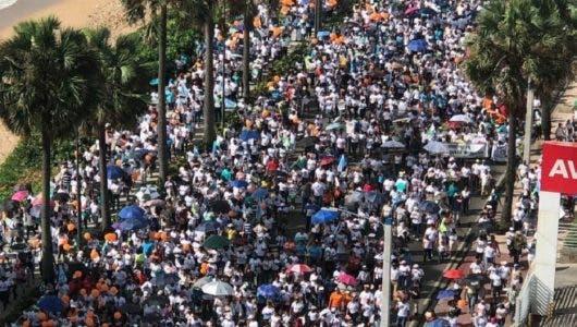 """Así transcurrió """"Un Paso por Mi Familia"""" con la participación de miles de católicos"""