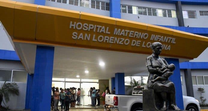 Madre de recién nacido con meningitis agradece por el trato en la Maternidad de Los Mina