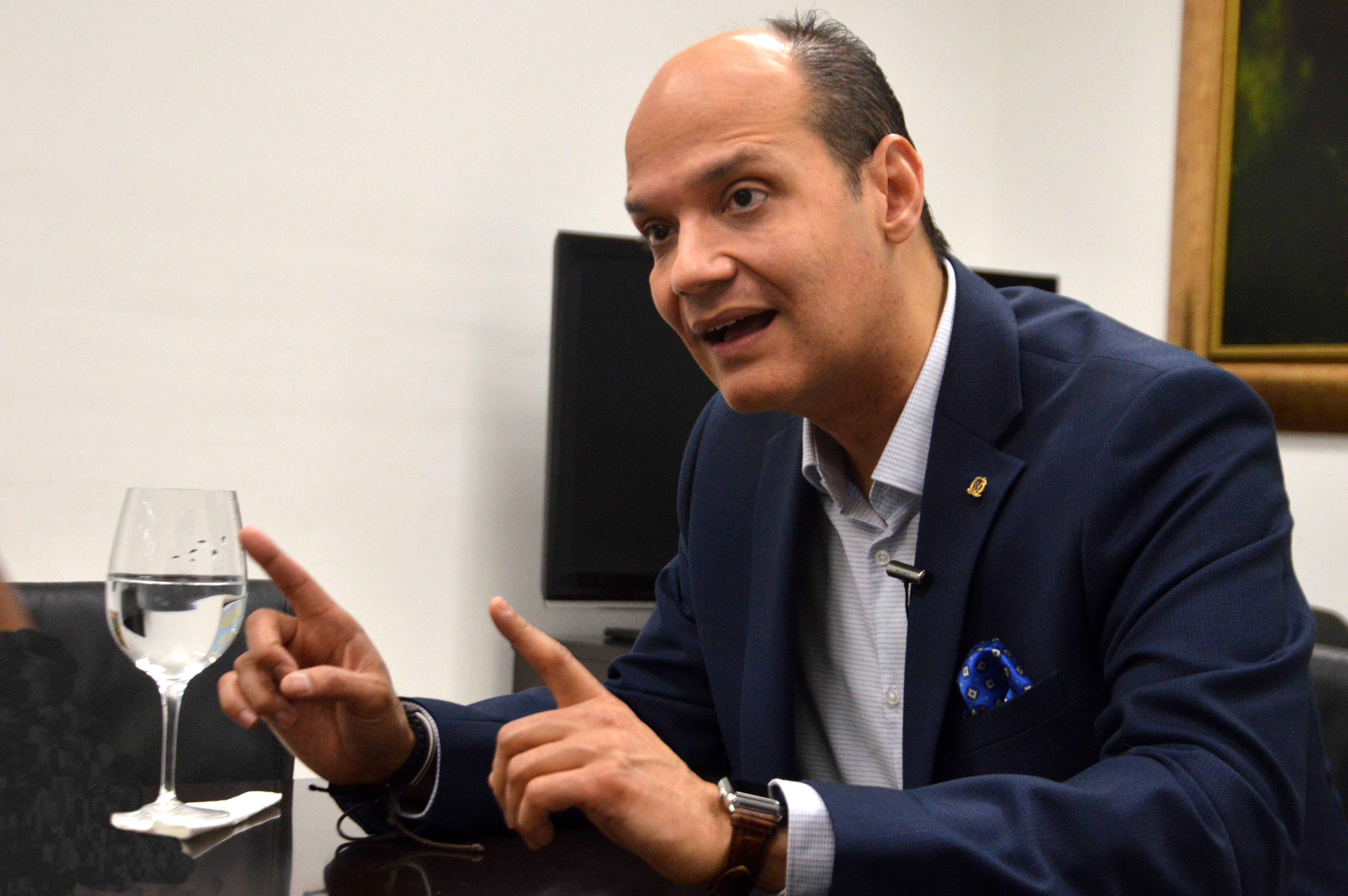 Entrevista al señor Ramfis Domínguez Trujillo, candidato a presidente de la República por el partido PDI, durante una visita a la redacción al periódico Hoy. Foto/ Napoleón Marte 29/11/2018