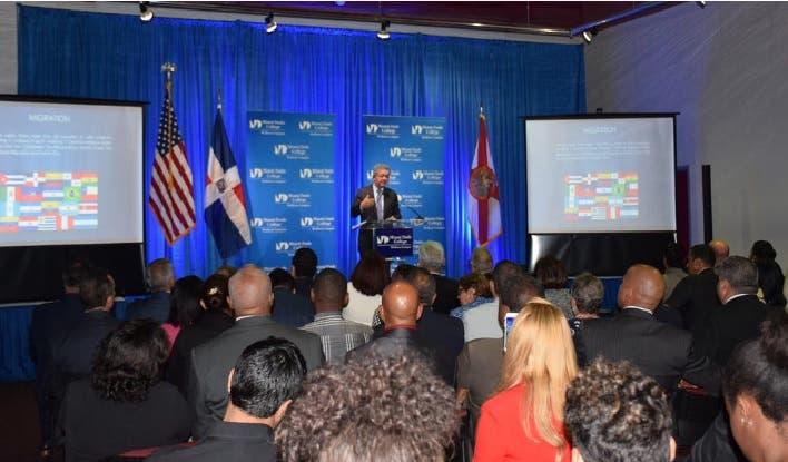 Leonel Fernández a círculos de opinión de EEUU: En República Dominicana no existe  apátridas