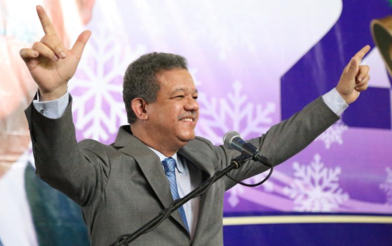Leonel Fernández a Margarita Cedeño: «Junto a ti nos hacemos más fuertes y declaramos como indetenible la victoria»