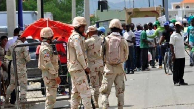 Senador critica desempeño del Ejército en frontera con Haití tras incidente con médicos