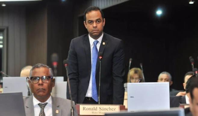 La reacción de diputados PRM ante advertencia de expulsión del ex candidato Luis Abinader