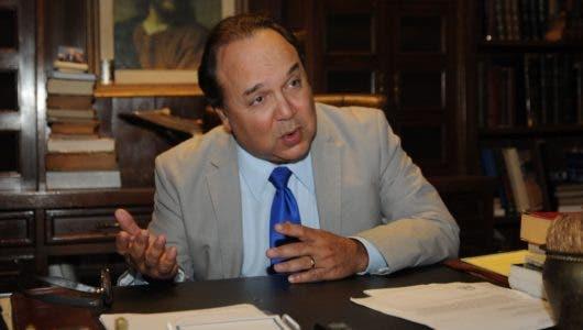 Vinicio Castillo pide dejar al nuevo gobierno la decisión de vender Punta Catalina