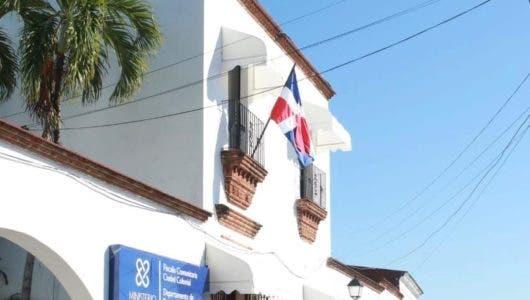 Jean Rodríguez reinaugura fiscalía comunitaria de Ciudad Colonial