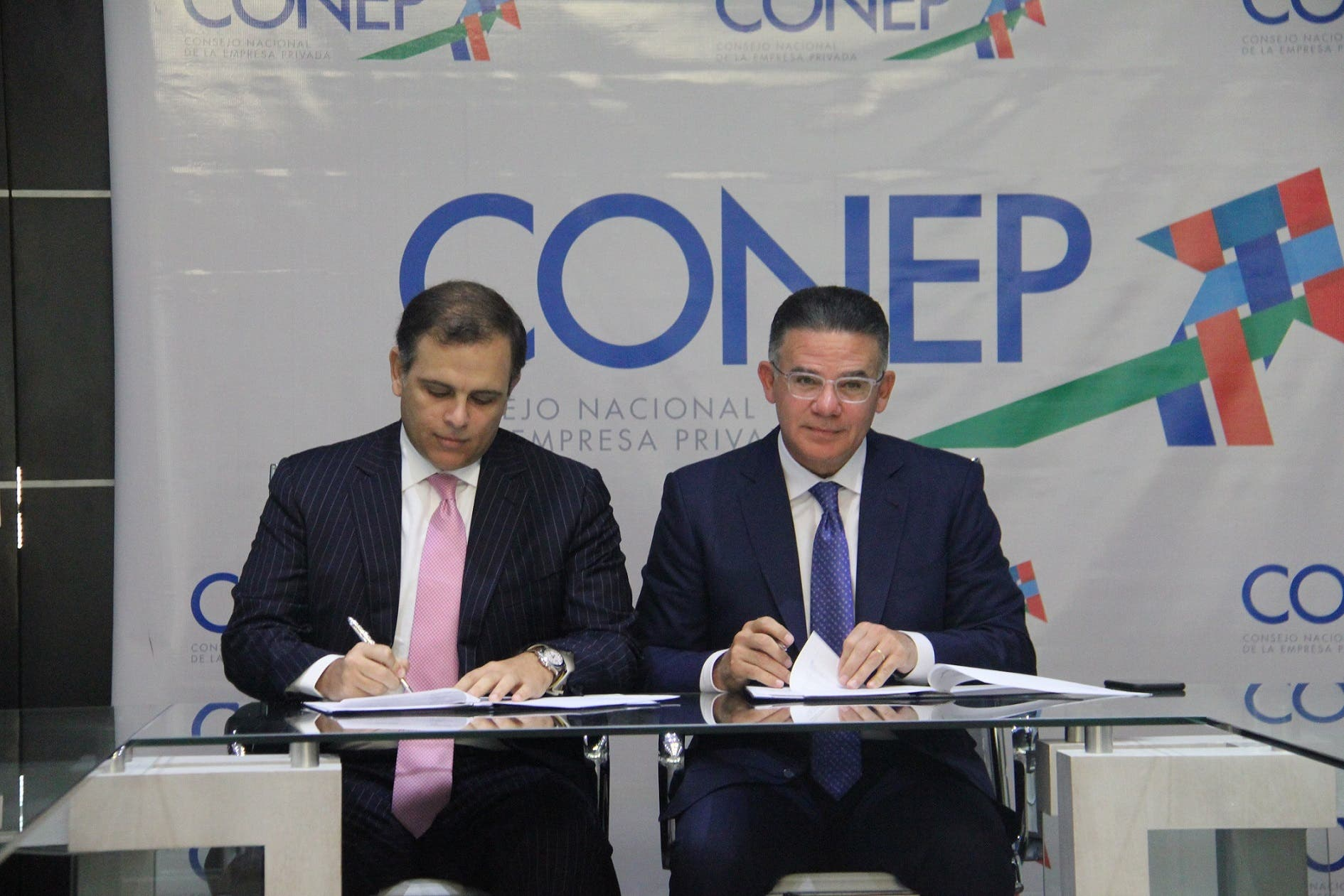 El CONEP se suma en apoyo a la celebración de la  cuarta edición de HUB Cámara Santo Domingo 2019
