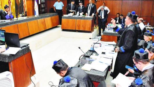 Juez fija 23 enero para que MP exponga acusación en audiencia