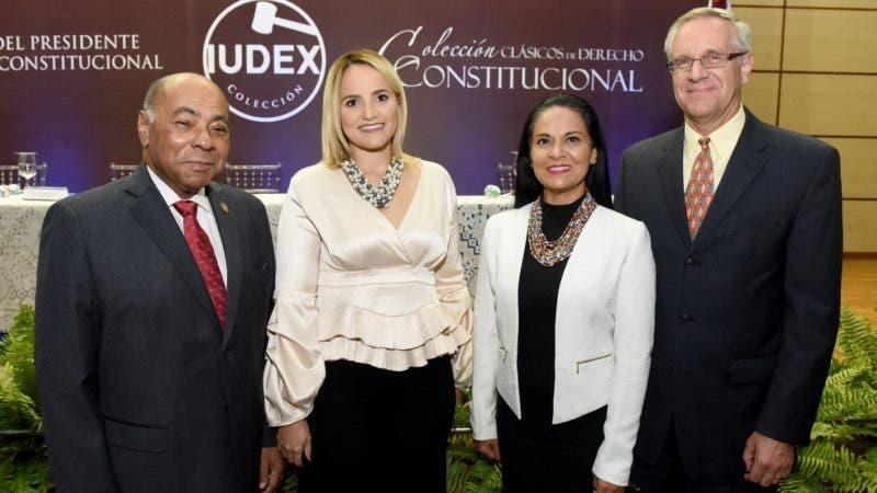 Rostros. TC.  Milton Ray Guevara, Johanna Monagas de Ray, Yanira Copley y Robert Copley