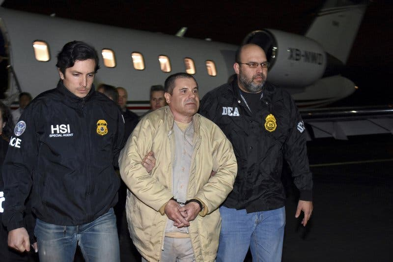 """Jurado oye a """"El Chapo"""" negociar venta de heroína"""