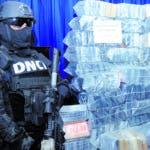 La Dirección Nacional de Control de Drogas DNCD ocupó 978 paquetes presumiblemente de cocaína en medio de un operativo de interdicción desplegado en el puerto de Haina Oriental municipio Santo Domingo Oeste. HOY/ Aracelis Mena. 19/11/2018