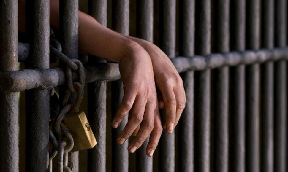 Condenan a dos acusados de dirigir laboratorios de drogas sintéticas