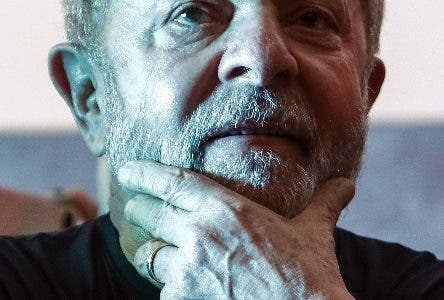Former Brazilian president Luiz Inacio Lula da Silva is seen during a rally in support of him by trade unionists and members of social movements in Sao Paulo, Brazil on January 24, 2018.  A Brazilian appeals court Wednesday upheld ex-president Luiz Inacio Lula da Silva's conviction for corruption, effectively ending his hopes of reelection this year. Two of the three judges in the appeals court in the southern city of Porto Alegre ruled that his original 9.5-year jail sentence should be extended to more than 12 years.  / AFP / Miguel SCHINCARIOL