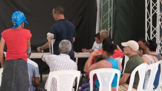 Inician pago a familias afectadas por explosión Polyplas en Villas Agrícolas