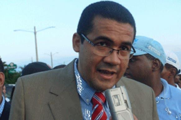 Pastor Ezequiel Molina pide corruptos sean castigados