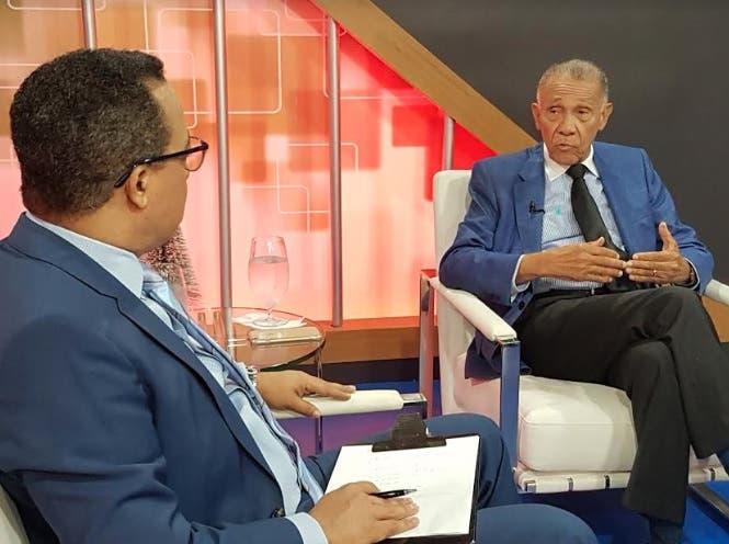 La posición del pastor Ezequiel Molina sobre muro en Haití y legalización consumo de drogas