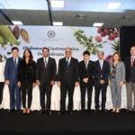 Foto canciller y comité diplomacia gastronómica