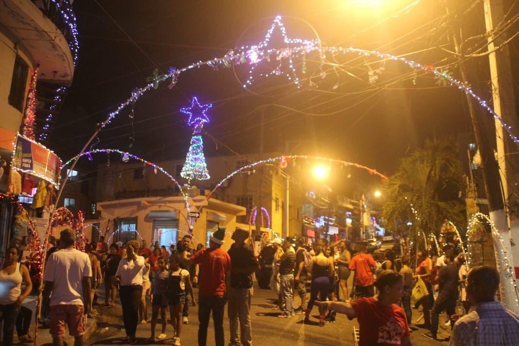 Inician evaluaciones del concurso «Emprendiendo la Navidad», con premios de casi 4 millones de pesos