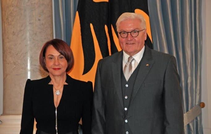 Embajadora Maibé Sánchez Caminero presenta cartas credenciales ante gobierno de Alemania