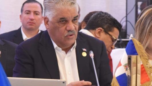Canciller sugiere redoblar esfuerzos conjuntos para enfrentar desafíos en región