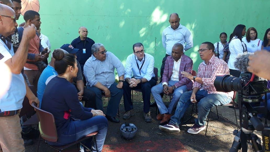 Desde hoy disponen equipo integrado por médicos, psicólogos y otros especialistas para asistir a los afectados por la explosión en Villas Agrícolas