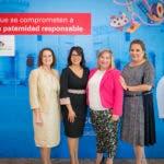Rosa Elcarte, Representante de UNICEF, junto a representantes del banco BHD León y Jatnna Tavarez, durante el lanzamiento de la campaña Súper Papás 2018