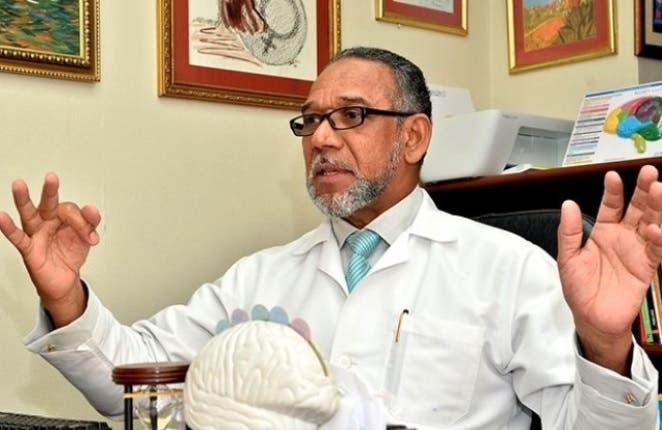 «Nunca debemos inferir el suicidio es un acto de dignidad», dice psiquiatra sobre Danilo Medina y caso César Prieto