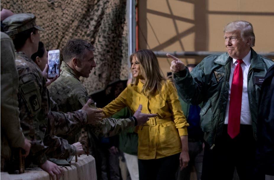 Trump realiza visita sorpresa a soldados de EEUU en Irak