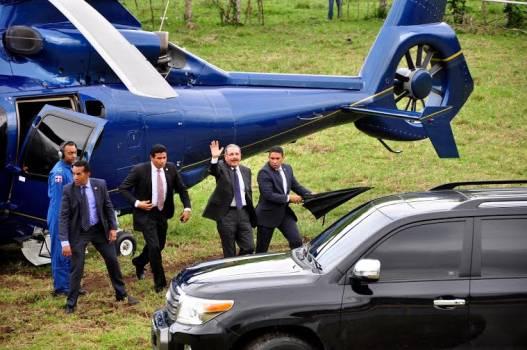 Les contamos por qué el helicóptero donde viajaba Danilo Medina tuvo que aterrizar de emergencia