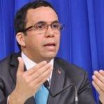 Andrés Navarro, ministro de Educación 1