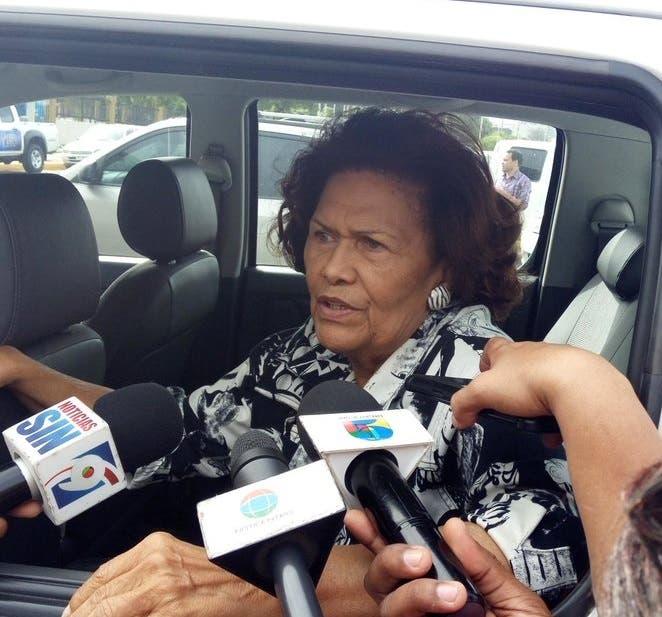 Defensora del Pueblo sale llorando de la Fiscalía