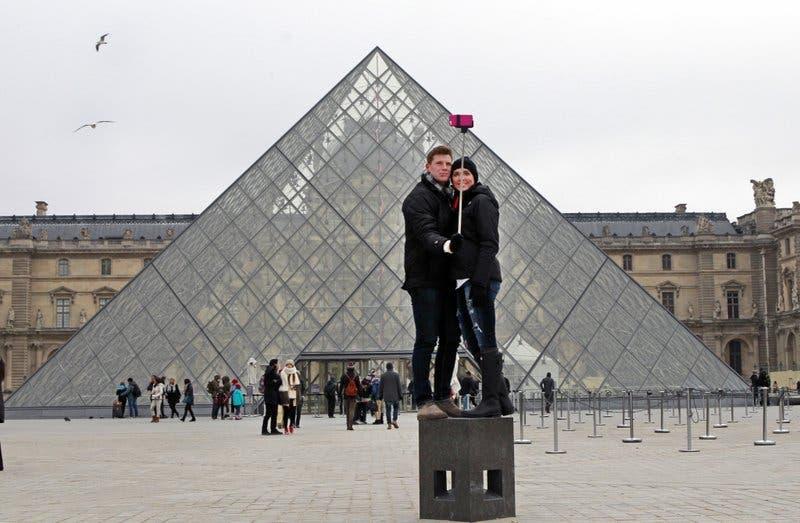 Con ayuda de Beyonce, el Louvre tiene asistencia récord