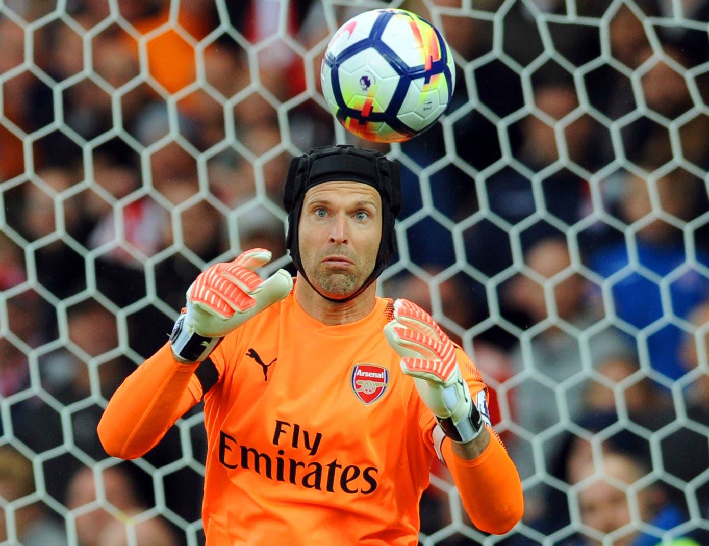 Petr Cech, histórico del fútbol mundial anuncia su retiro
