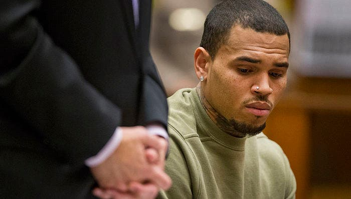 El rapero Chris Brown es arrestado en Francia acusado de violación