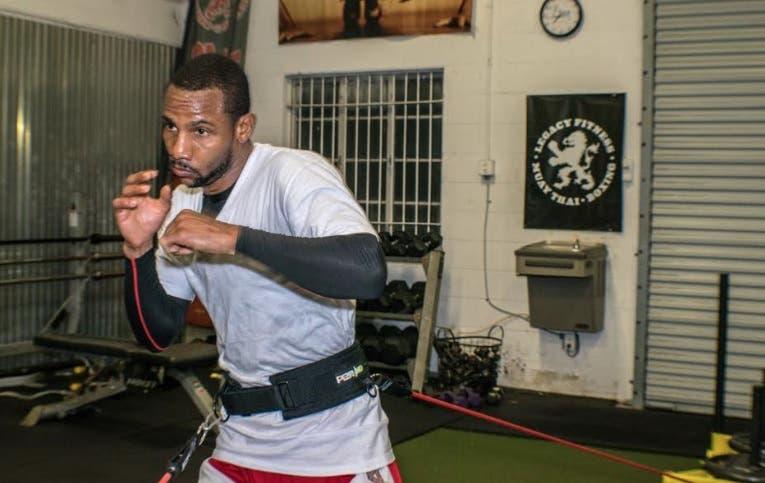 Claudio Marrero llegará este martes a NY  para su pelea de título mundial contra Tugstorg Nyambayar