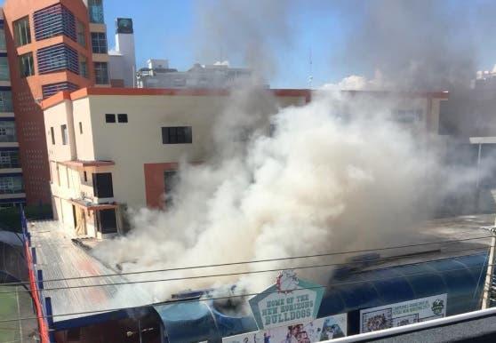 Conato de incendio en colegio New Horizons provoca pánico en estudiantes