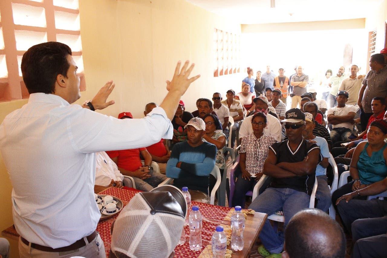 """Arnaud: """"En nuestro Gobierno los funcionarios corruptos del PLD tendrán que regresar dinero robado al pueblo"""""""