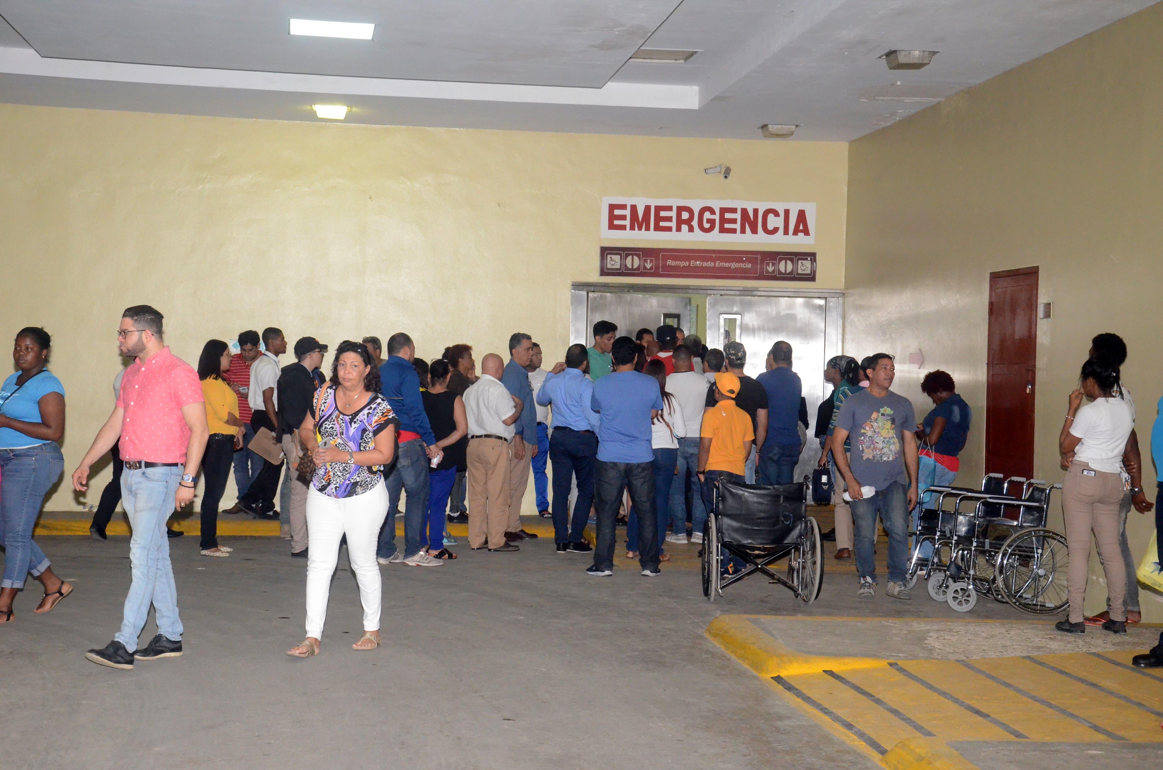 Hay tres personas en estado crítico tras explosión Santo Domingo Oeste
