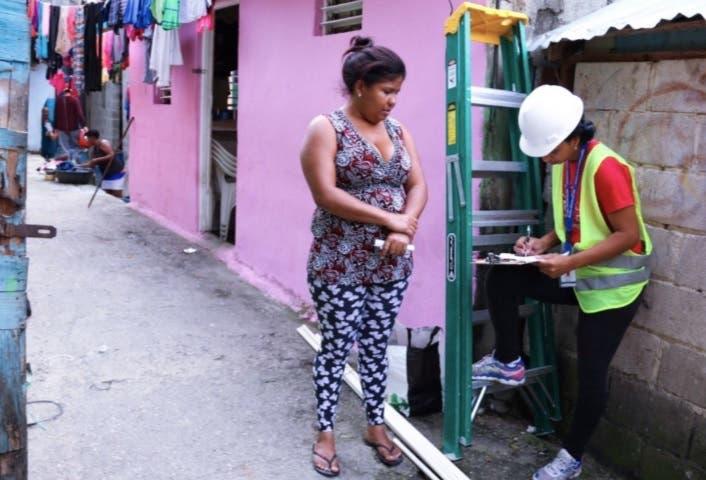 Edesur  mejora las  redes  eléctricas  internas  a más de 500 hogares