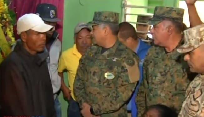 Lo que dijo el ministro de Defensa en velatorio del raso del Ejército ultimado por un haitiano
