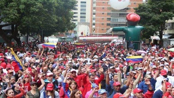 Oposición llama a nuevas protestas en Venezuela para elevar presión contra Maduro